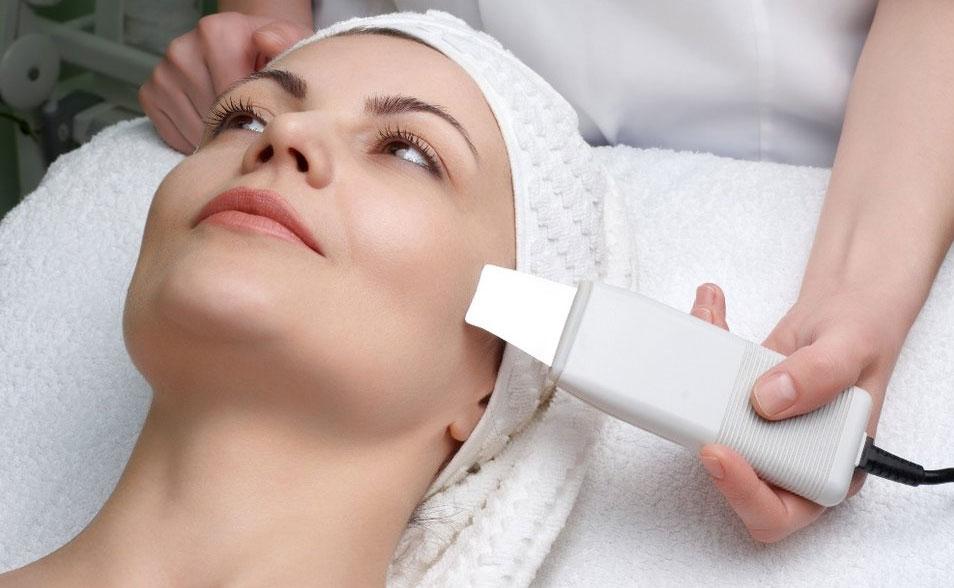 ultrazvukovaya chistka lica